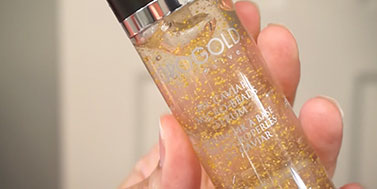 Elenore reviews OROGOLD products on YouTube