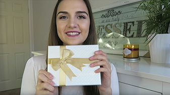 RaisingHazel unboxes the OROGOLD Box.