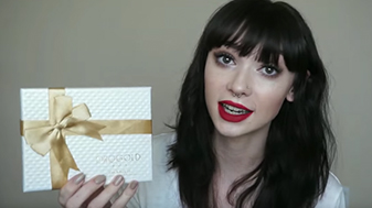 Raven Lissette Unboxes the OROGOLD Box