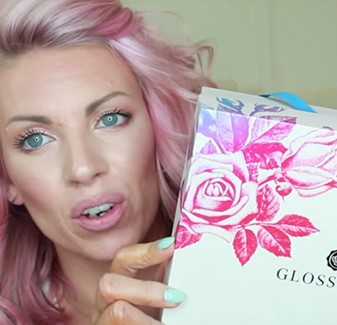 Samantha Shuerman holding the Glossybox Mother's Day Box