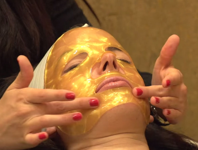 Jamei June Showcases the OROGOLD 24K Deep Tissue Rejuvenating Mask